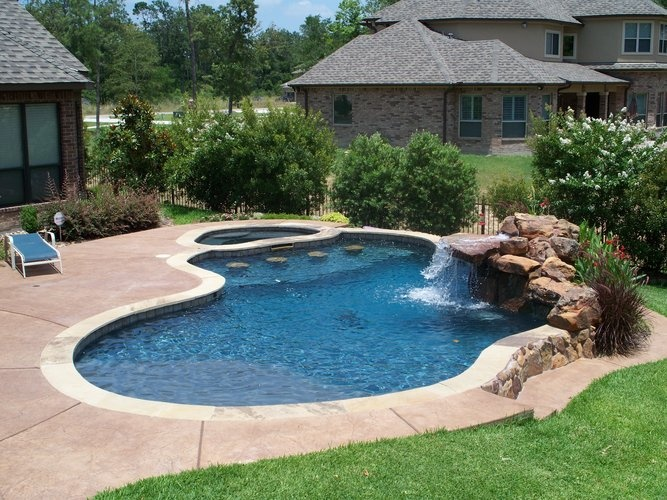 swimming-pool-bond